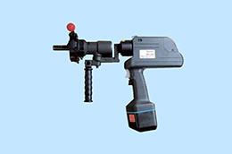 [写真]専用拡管工具充電油圧式:BKI-06R型